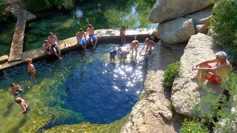 jacobs-well-2014